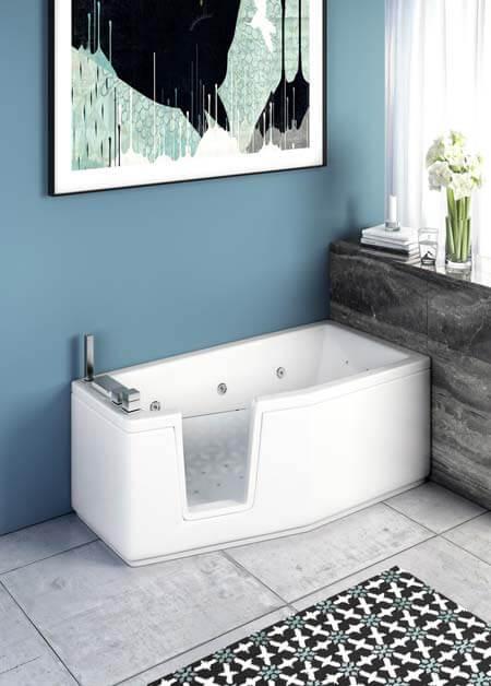 Vasca da bagno con porta